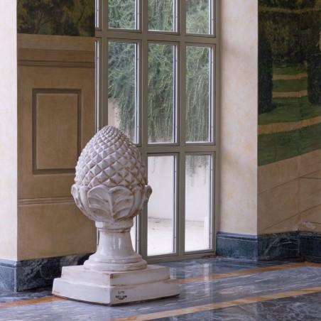 Complementi di arredo per giardino in terracotta artigianale classici e di design modello Pigna    Laboratorio San Rocco