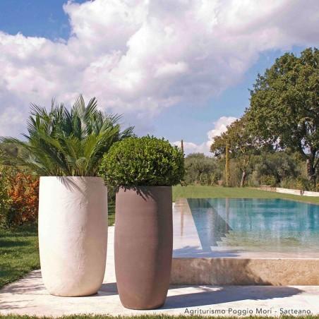 Classic and Design handmade terracotta vases, model Niko | Laboratorio San Rocco